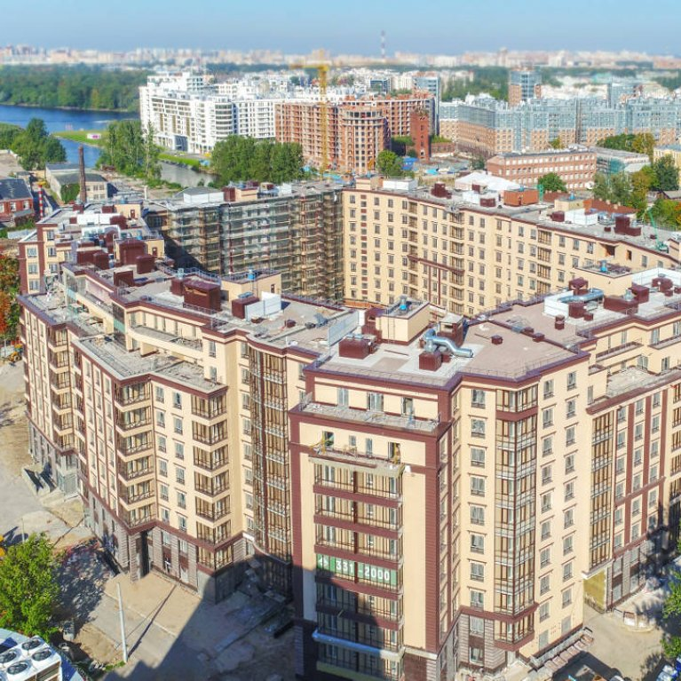 Apartment complex OSTROV in Petrogradskiy district